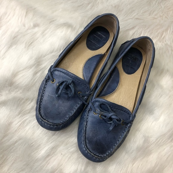 3849d1204cf Frye Shoes - Frye Reagan Campus Driver Loafers Shoes Size 6